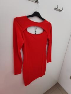 Avatud seljaga lühike punane kleidid